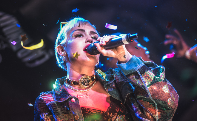 Illroots miley cyrus announces 2015 tour dates for Jimmy fallon miley cyrus islands in the stream